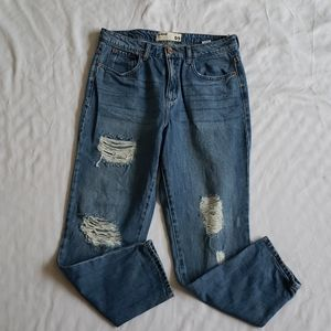 Garage Mom Jeans distressed size 9 EUC ankle